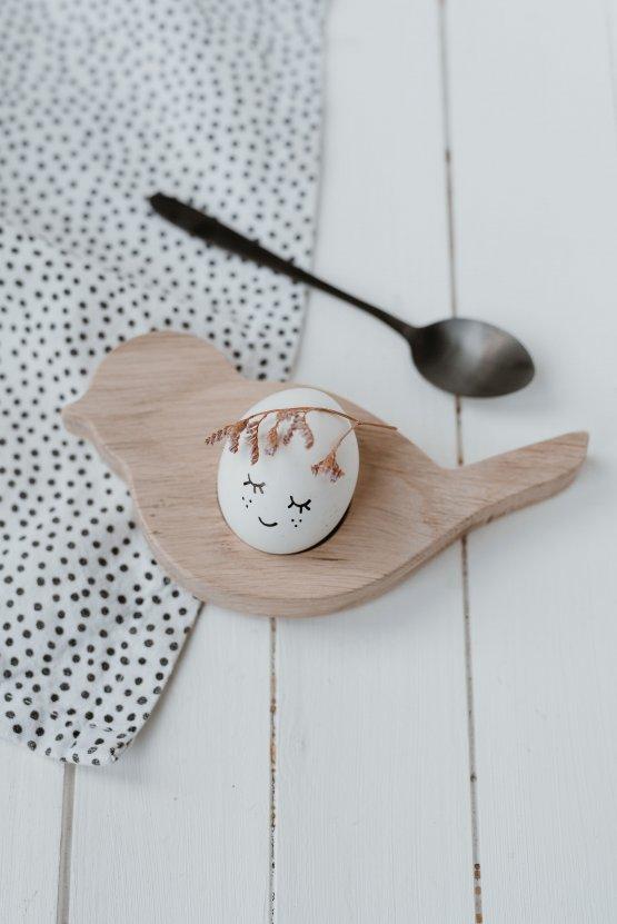 """Eierbecher """"Vogel"""" aus Holz – von Eulenschnitt"""