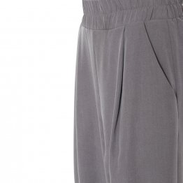 lässige Bundfaltenhose aus Tencel in Grau mit Seitentaschen, breitem Gummibund und Hosenbeinaufschlägen