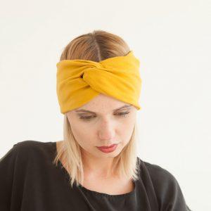 Stirnband Senna in Senfgelb aus Baumwolljersey im Turbanlook mit Knoten vorn.