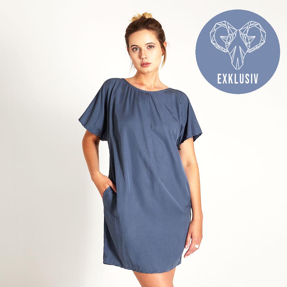 """""""lace"""" kleid aus tencel® mit spitze in blau"""