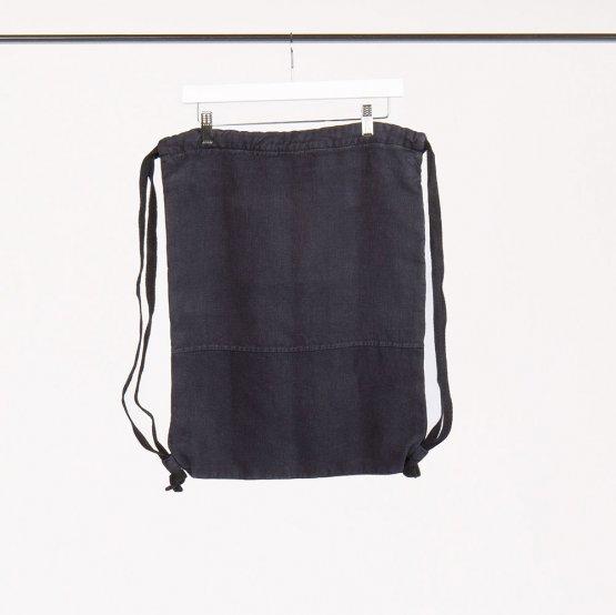 Rucksack in Dunkelblau von Má Hempwear aus Hanf