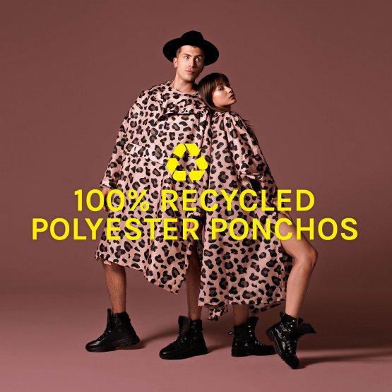 Regenmantel mit Leo-Muster aus recyceltem Polyester unisex