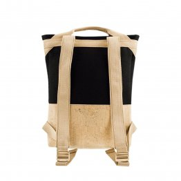 Rucksack aus Kork udn schwarzem Filz aus recyceltem PET von UlSto - Rückseite