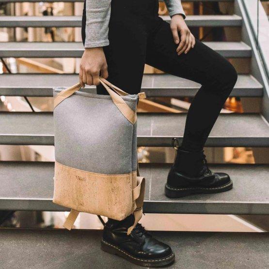grauer Rucksack aus Kork und recyceltem PET von UlSto