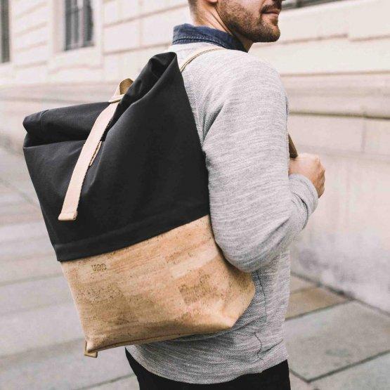 Rolltop Rucksack aus Kork und recycelter Baumwolle in Grau von UlstO Bags