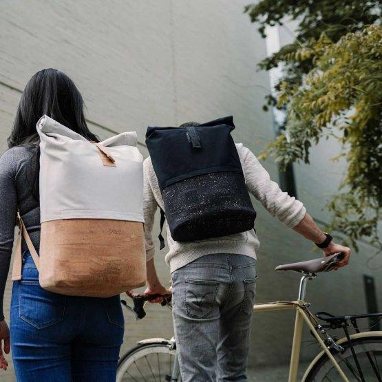Rolltop Rucksack aus Kork und recycelter Baumwolle von UlstO Bags