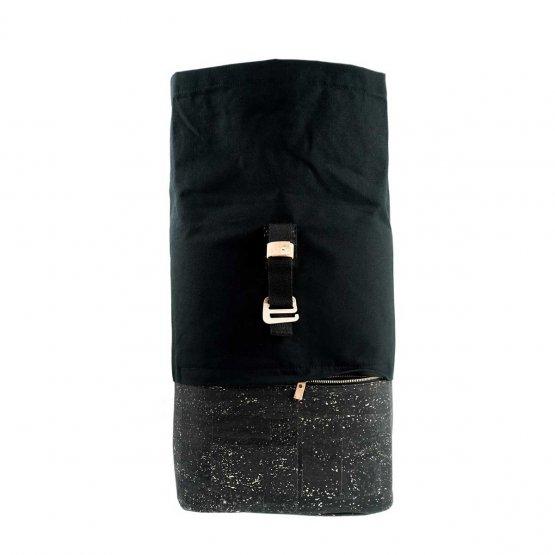 Rolltop Rucksack aus Kork und recycelter Baumwolle in Schwarz von UlstO Bags