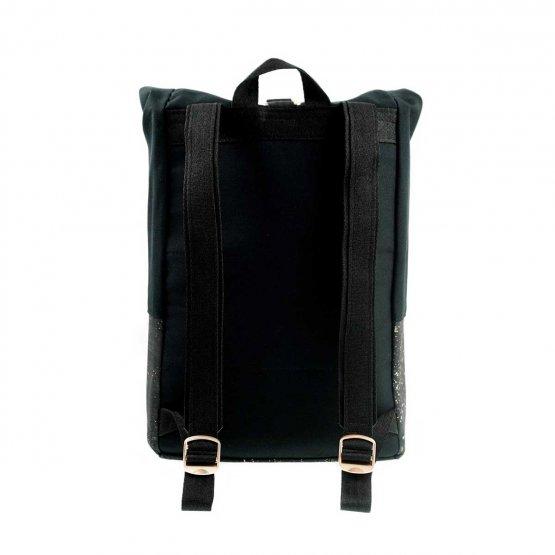 Rolltop Rucksack aus Kork und recycelter Baumwolle in Schwarz von UlstO Bags - Rückansicht
