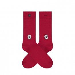 Rote Socken mit Winkekatze aufgestickt aus Biobaumwolle von A-dam Underwear