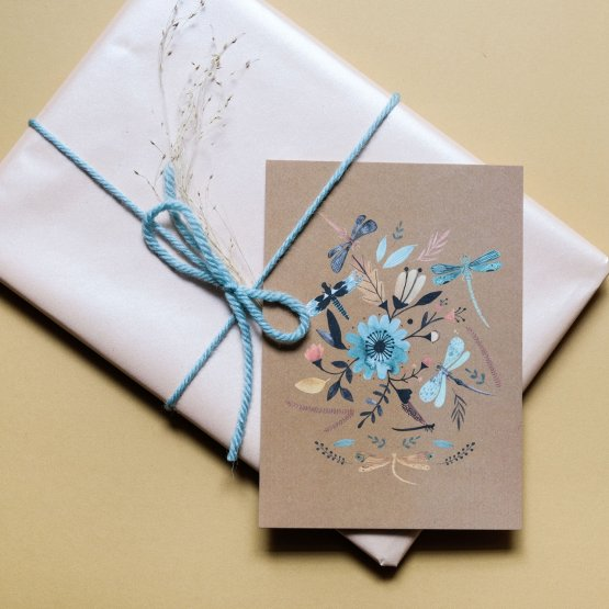 Postkarte mit Libellen von Bär von Pappe