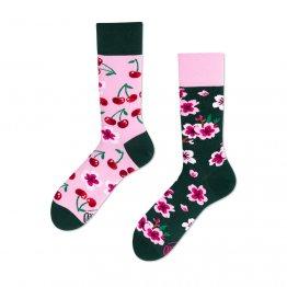 """""""Cherry Blossom"""" Socken mit Kirschblüten von Many Mornings"""