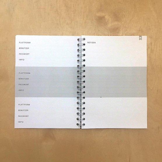Notizbuch für Passwörter mit Ringbindung und Golddruck vorn von Eulenschnitt - Detail Innenansicht