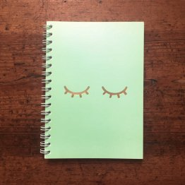 Notizbuch für Passwörter mit Ringbindung und Golddruck vorn von Eulenschnitt