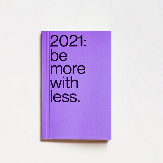 Kalender mit Nachhaltigkeitstipps für 2021 in Lila