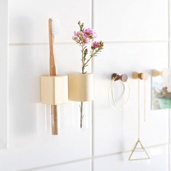 magnetische Holzvase aus Ahorn für Blumen oder Zahnbürsten