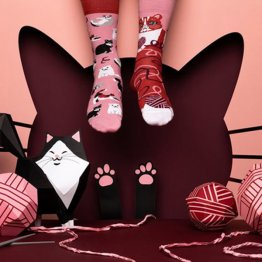 """Playful Cat"" Katzen Socken von Many Mornings"