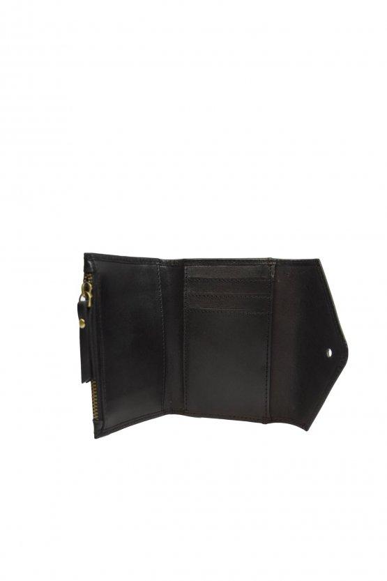 """schwarze kleine Ledergeldbörse """"Josie's Purse"""" von O my Bag - Detailansicht Kartenfächer"""
