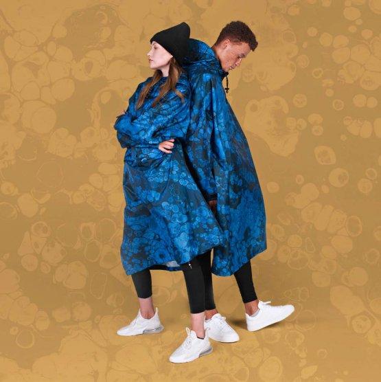 rainkiss blue bubbles unisex raincoat
