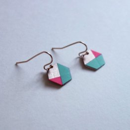 geometrische Ohrringe Hexagon Mint Pink bedruckt handmade von Ruby on Tuesday