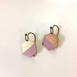 Ohrhänger mit kleinem Hexagon zur Hälfte lackiert