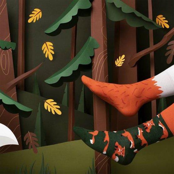 Socken mit Füchsen von Many Mornings